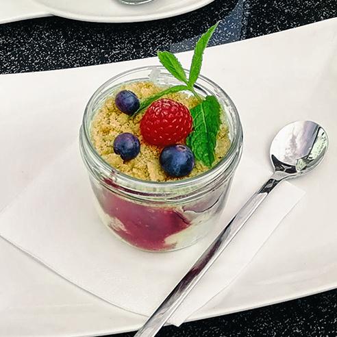 Mascarpone Berry Dessert